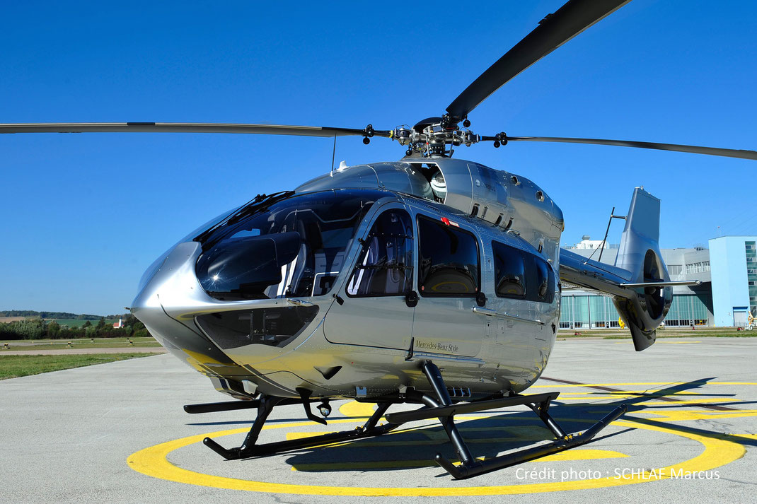 Hélicoptère Ecureuil H145 (bi-turbines)