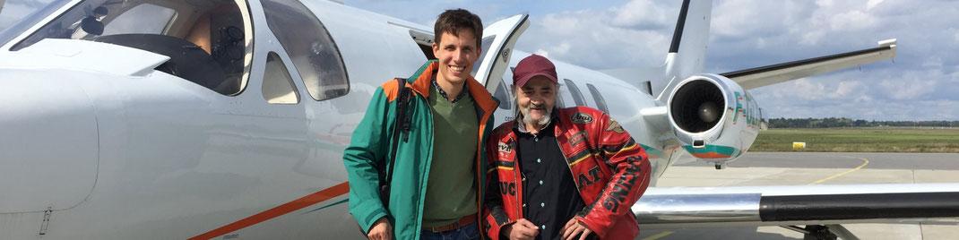 Sébastien et Pierrot lors d'un vol solidaire en septembre 2017
