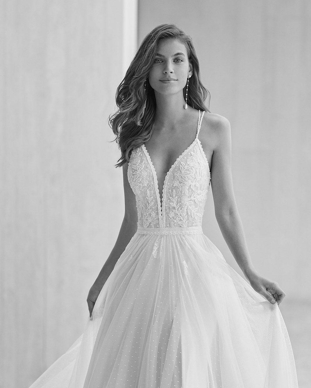 Brautkleid Gandia aus der Rosa Clará Soft Kollektion 2022 erhältlich bei Brautmoden Tegernsee