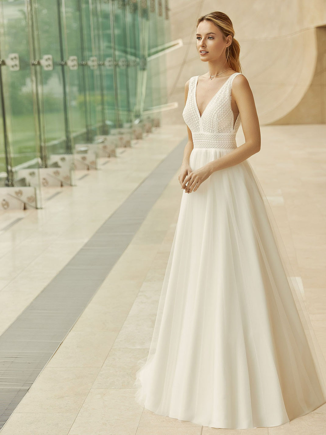 Brautkleid Gloria aus der Bianco Evento Kollektion 2021