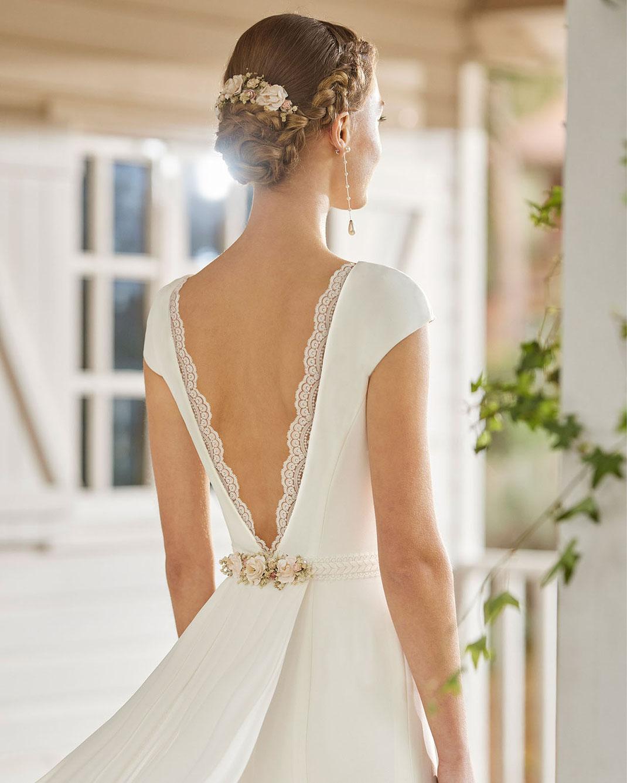 Boho Brautkleid Laray aus der Rosa Clará Boheme Kollektion 2022 erhältlich bei Brautmoden Tegernsee