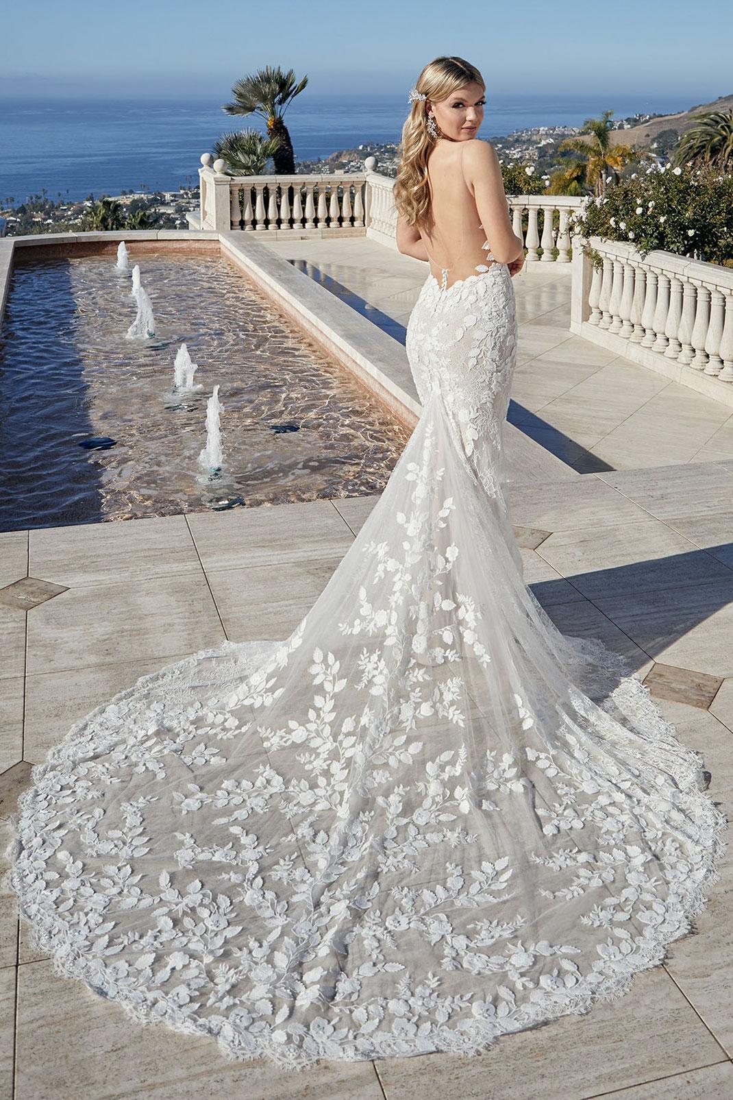 Brautkleid Style 2458 aus der Casablanca Bridal Kollektion 2022