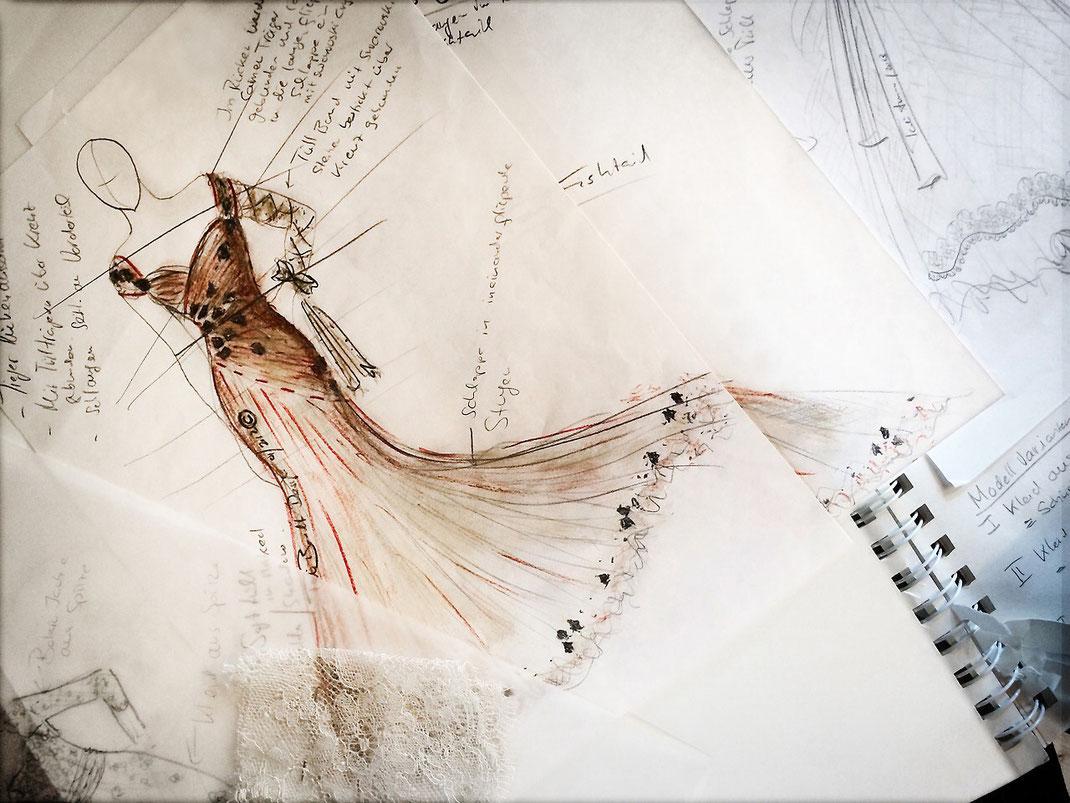 Brautcouture aus der Manufaktur Brautmoden Tegernsee. Designerin Tali Amoo. Designskizze by Tali Amoo. by Natalia Boelt.