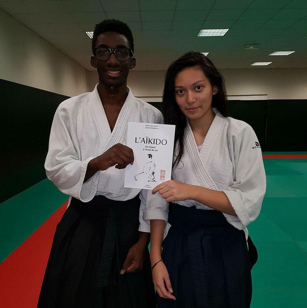 David Coulibaly  et Caroline David  qui ont obtenu leur ceinture noir 1er dan à 16 ans