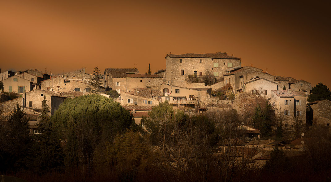 St Chaptes (de017pt 30 - Chemin de Régordane) décembre 2017 fin de journée - derniers rayons de soleil