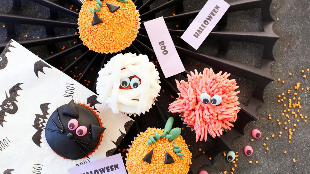 Halloween, Backen, Dekorieren, Trend, Fondant, Glitzer Cubies, Streudekor, Richie's Bakery, Calw, Girrbach Süßwarendekor, Zuckeraugen, Grußelspass, Süßes sonst gibts saures