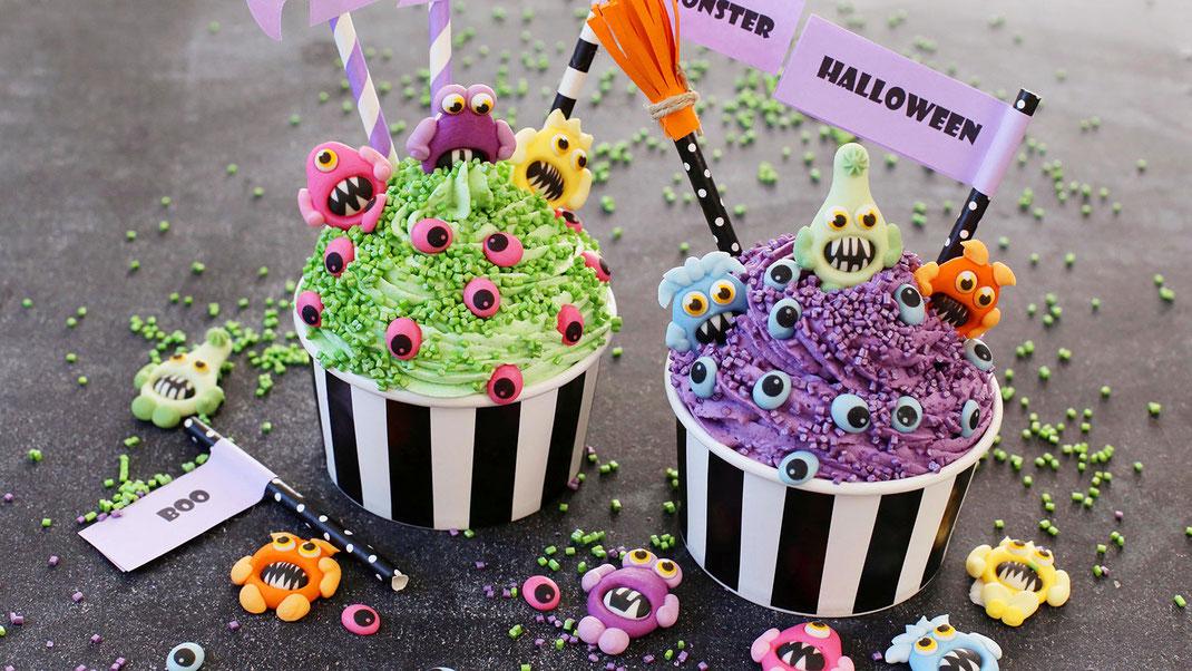 Halloween, Dessert, Gruselig, Monster, Geister, Vampire, Hexen, Boo, Backen, Dekorieren, Trend, Richies Bakery, Glitzer Cubies, Zuckeraugen, Zuckerfiguren bunt, Süßes oder Saures