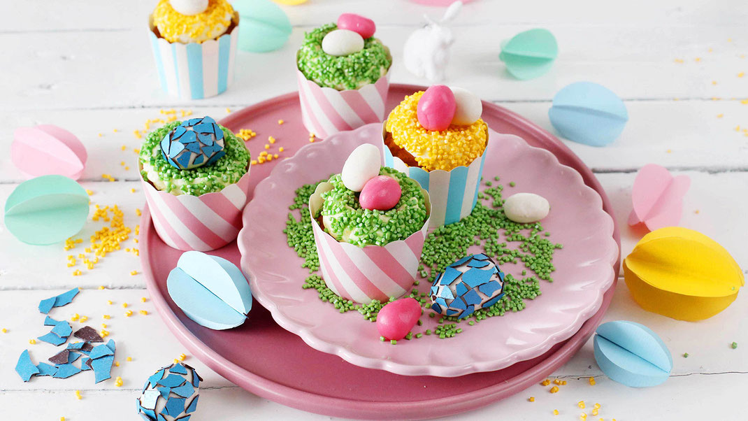 Richie's Bakery, Zitronen-Oster-Cupcakes, Backen, Tend, Ostern, Easter, Hase, Osterhase, Bunny, Ostereier, Eier, Osternester, Glitzer, Cubies