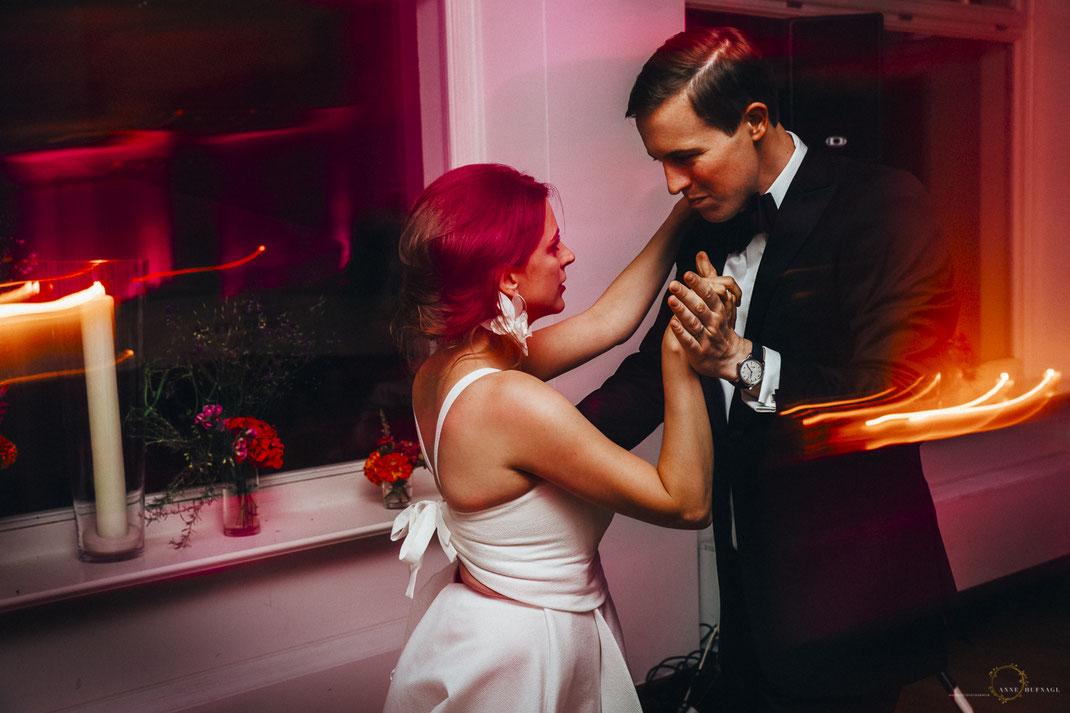 Brautpaar Tanz Hochzeitsfeier Villa im Heinepark