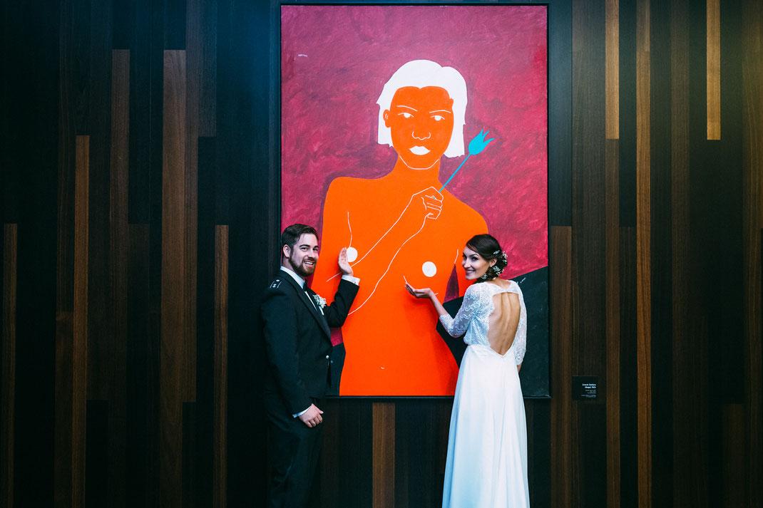 Outtake zu fortgeschrittener Stunde in der Hotellobby. Sorry, Ernesto Tatafiore! Great Painting! <3