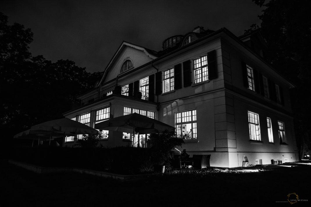 Villa im Heine-Park Hamburg bei Nacht