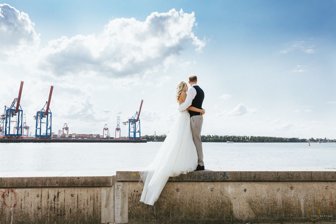 Paarfoto Hochzeit Hamburg Hafen / Foto: Anne Hufnagl
