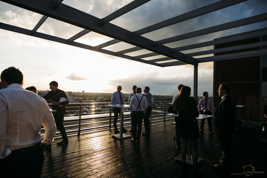 Dachterrasse Elb-Panorama Eventlocation // Fotografin: Anne Hufnagl