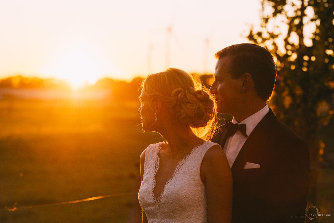Sonnenuntergang Paarfotos Hochzeit Gut Valenbrook