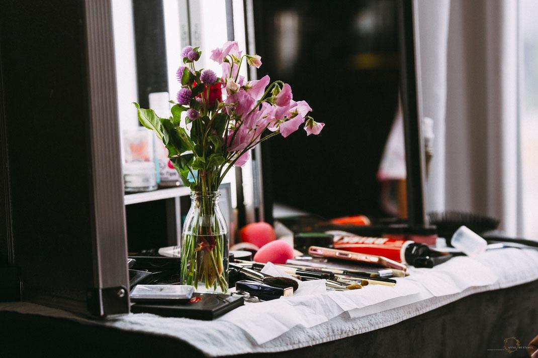 Brautstyling Getting Ready | Fotografin Anne Hufnagl aus Hamburg | Hochzeitsfotografie | Hochzeitreportage | Wedding | www.romanticshoots.de