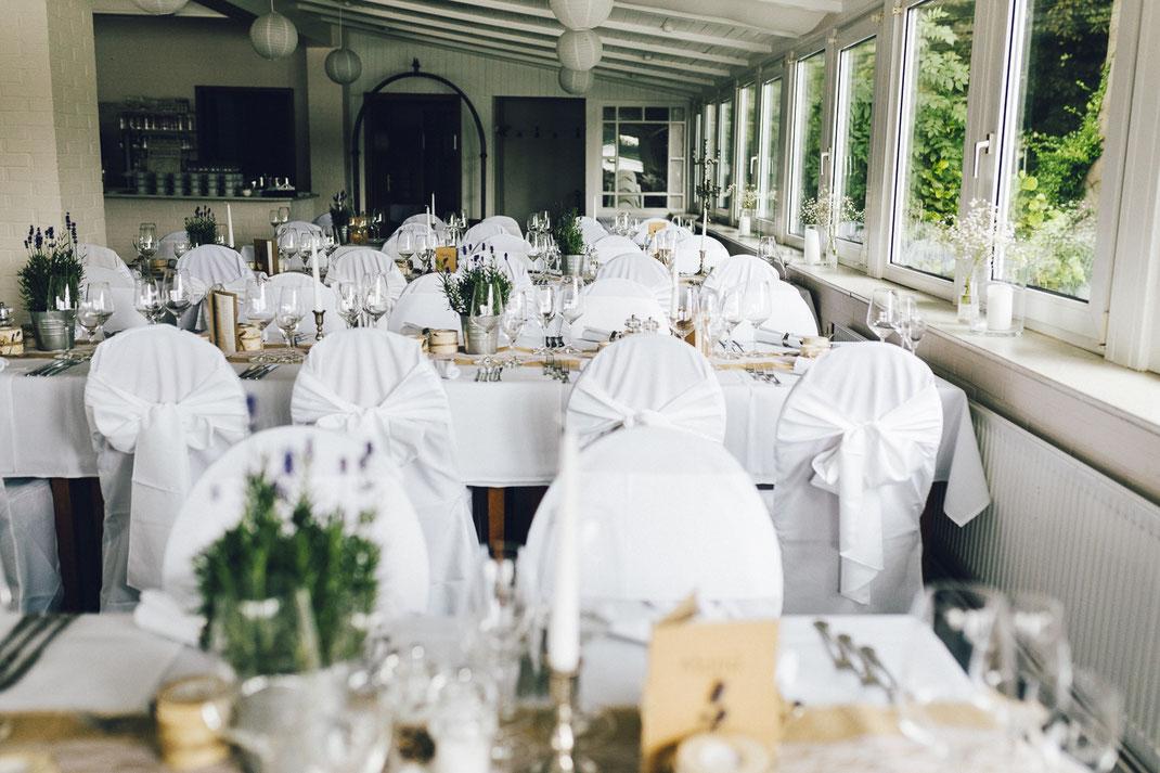 Fotografin: Anne Hufnagl | Hochzeitslocation Hamburg Ring-Hotel Bokel-Mühle | Heiraten | Hochzeitsinspiration | Hochzeitsreportage | Hochzeitsfotografin | Wedding Photographer | Europe | Germany