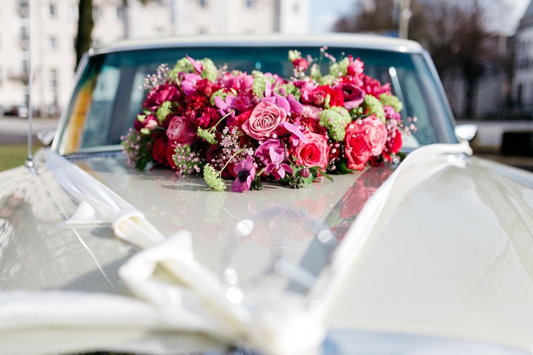 Hochzeitsauto Blumenschmuck Hamburg
