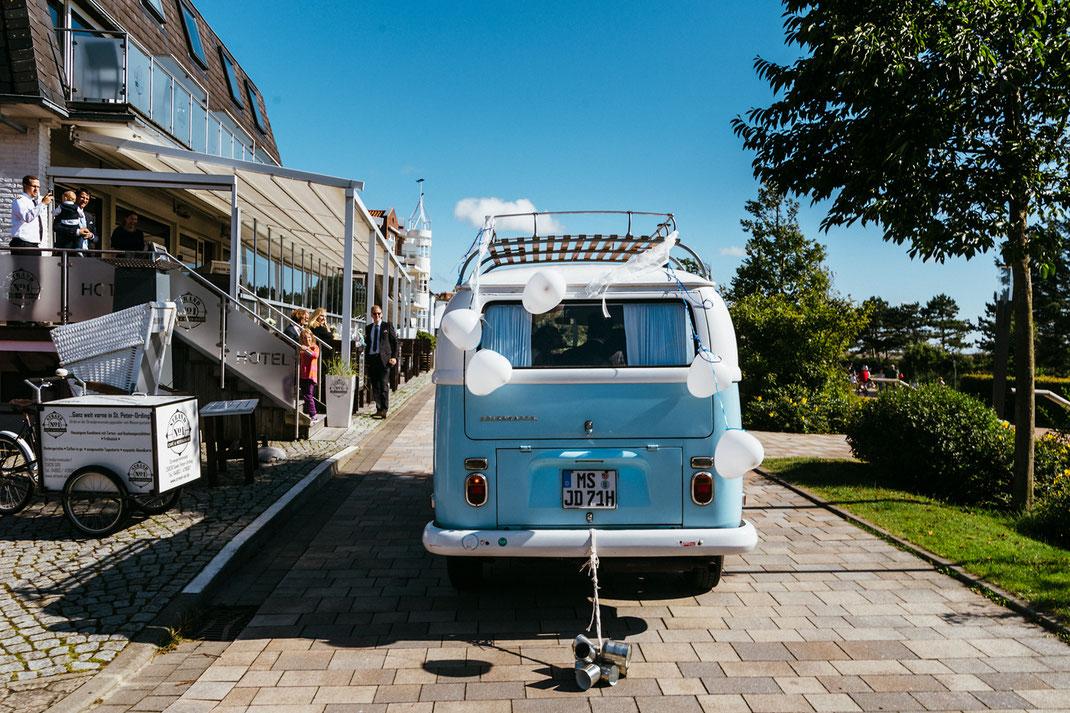 VW-Bus Hochzeit Sankt Peter-Ording