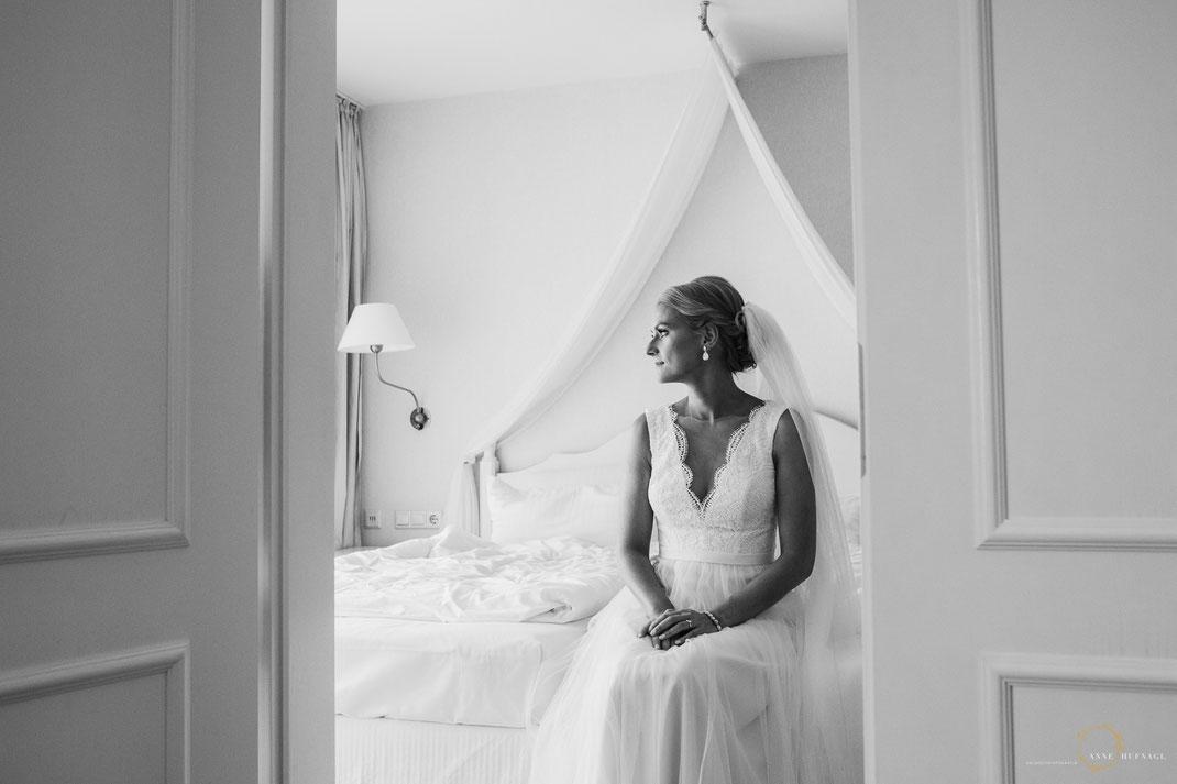 Foto Braut Hochzeitsinspiration Schwarzweiß