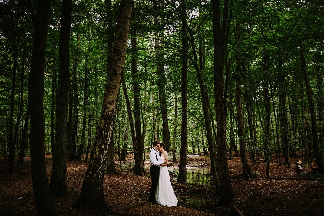 Fotoshooting Hochzeit in Hamburg in der Natur