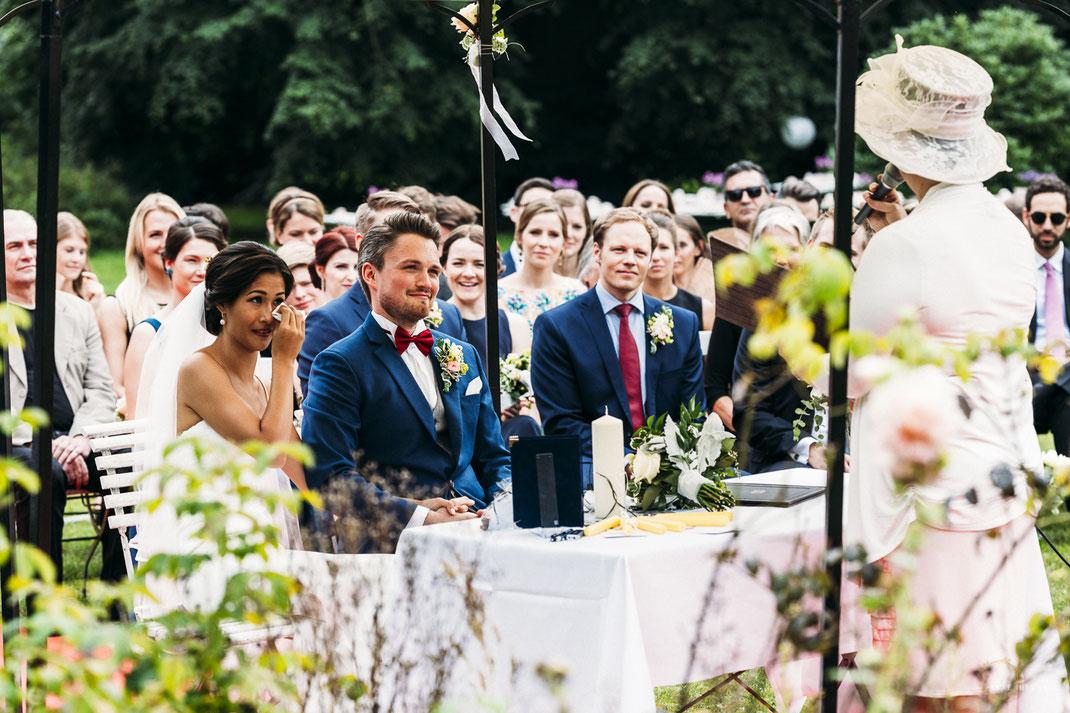 Hochzeitsfotos Trauung Schloss Stülpe / Fotografin: Anne Hufnagl