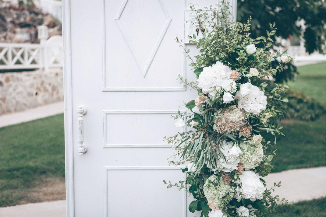 Das Trauritual ist bei einer freien Trauung individuell und persönlich auf das Brautpaar abgestimmt.