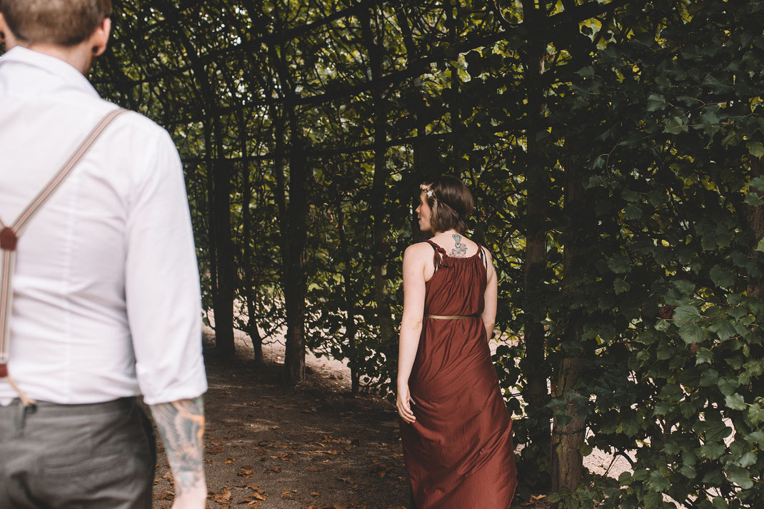 authentisches Paarshooting Berlin Potsdam Fotograf Couple Shooting Outdoor Schwangerschaftsshooting Hochzeitsfotografin Babybauch-Shooting