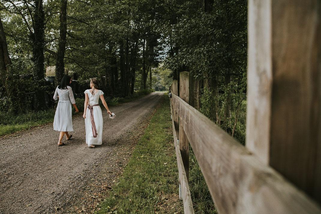 Hochzeit in der Natur Braut Zeremonie Freie Trauung Hochzeitsfotograf Berlin Spreewald