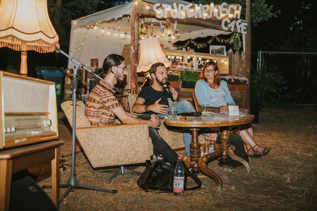 Eventreportage Fotograf Berlin Brandenburg Fotografin Erzaehlcafe Kulturtage Koenigs Wusterhausen 2018 Veranstaltungsfoto Event Fotos Tagesreportage Eventbegleitung Fotografisch authentische Fotografie
