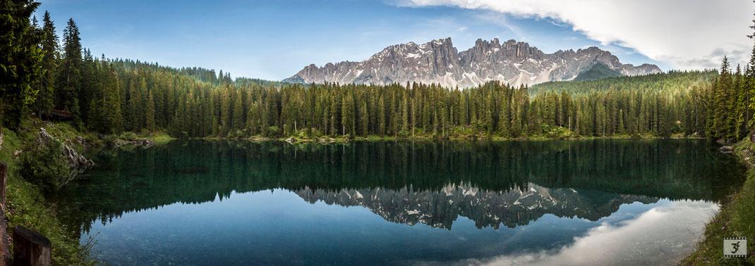 Panoramica del lago di Carezza e del gruppo del Latemar