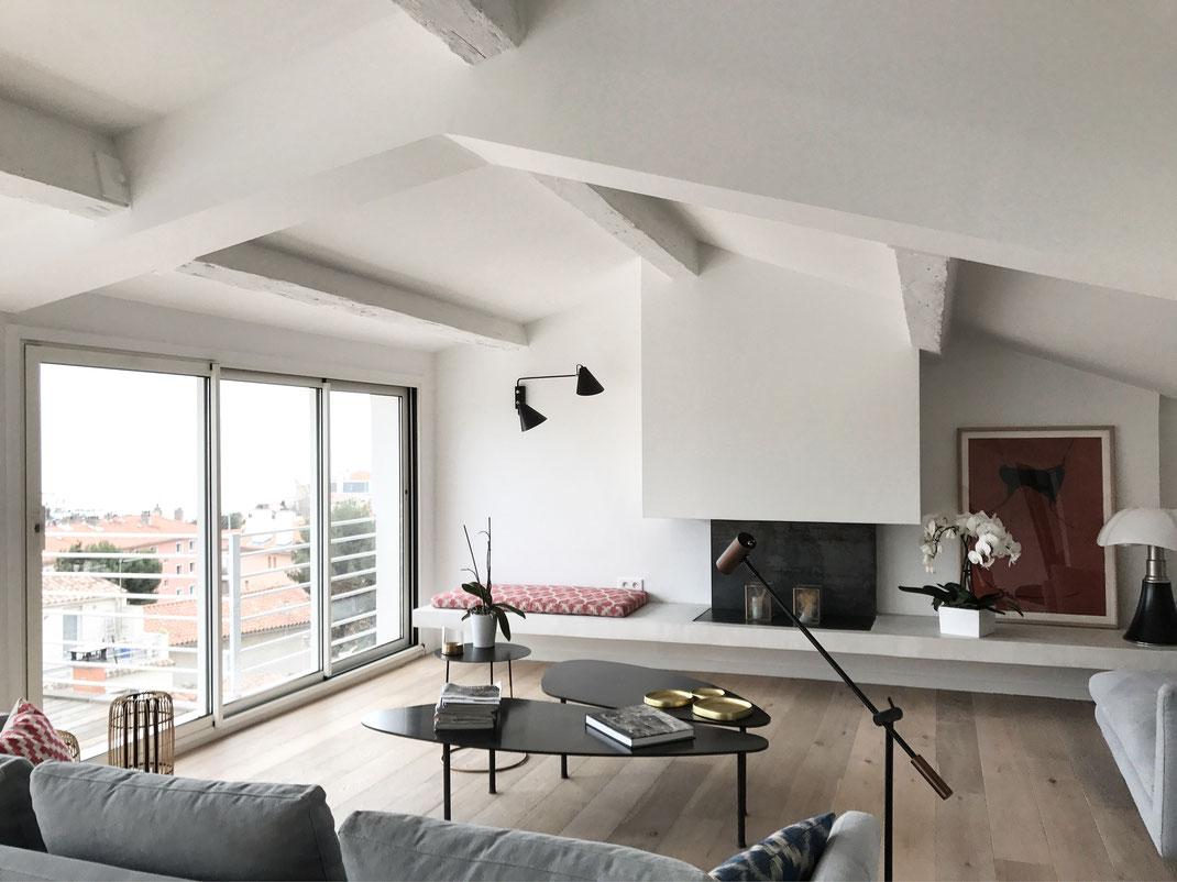 bertrand guillon architecture - architecte - marseille - DUPLEX H - rénovation - intérieur - interiordesign - endoume - cheminée - béton ciré - chêne - parquet massif - pipistrello martinelli - House Doctor - luminaires - Heerenhuis - Caravane