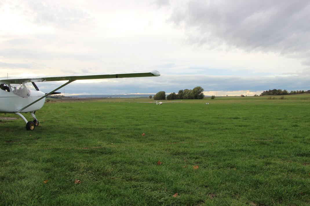 """Landung auf der """"08"""" - Landerichtung Ost"""