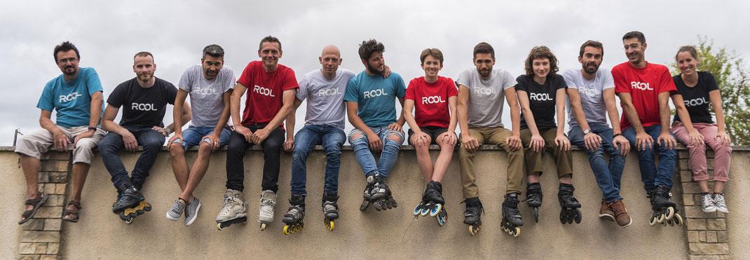 L'équipe de Rool avec Roller aux pieds