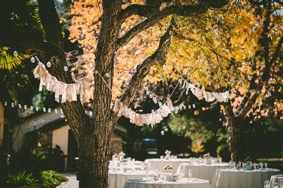 Dekoration Boho Hochzeit - Fotograf und Hochzeitsfotograf für Brautpaarshooting Deutschlandweit