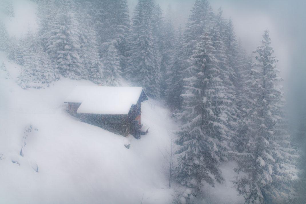 Landschaftsaufnahmen und Landschaftsfotografie in der Schweiz - Ausblick von der Gondelbahn in Kandersteg, Schweiz
