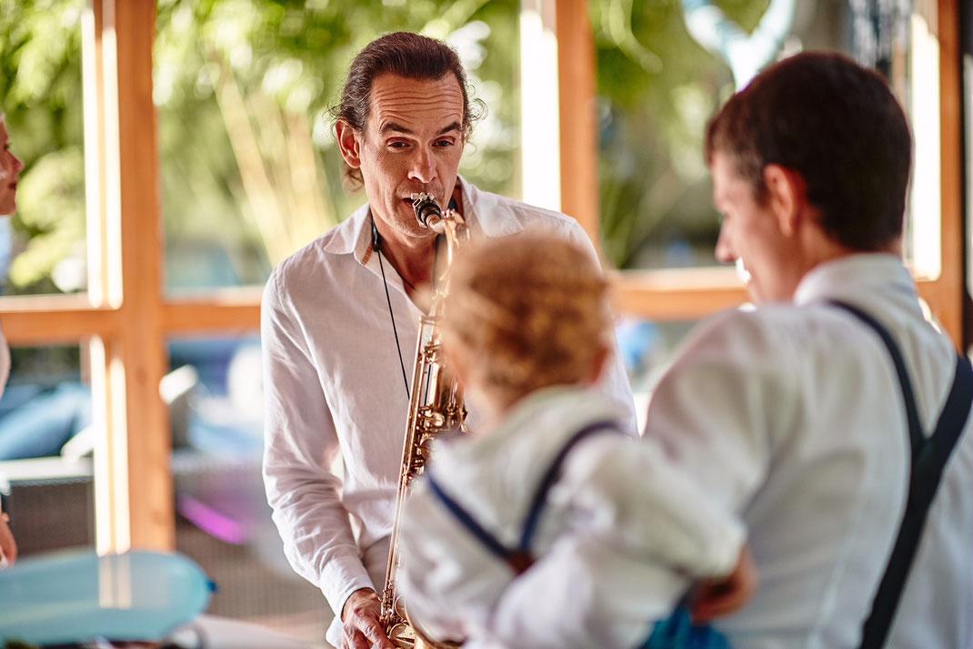 Hochzeit,Geburtstag,DJ plus Saxophon, Saxophonist, DJ, NRW, Köln Düsseldorf Ratingen Haan Wuppertal Essen Hattingen Bochum Gruiten Recklinghausen Münster Lüdenscheid
