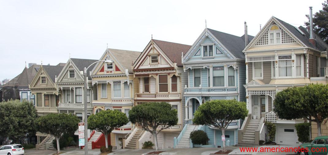 Sehenswürdigkeiten und Reisetipps San Francisco. Die 7 Häuser der Painted Ladies am Alamo Square.