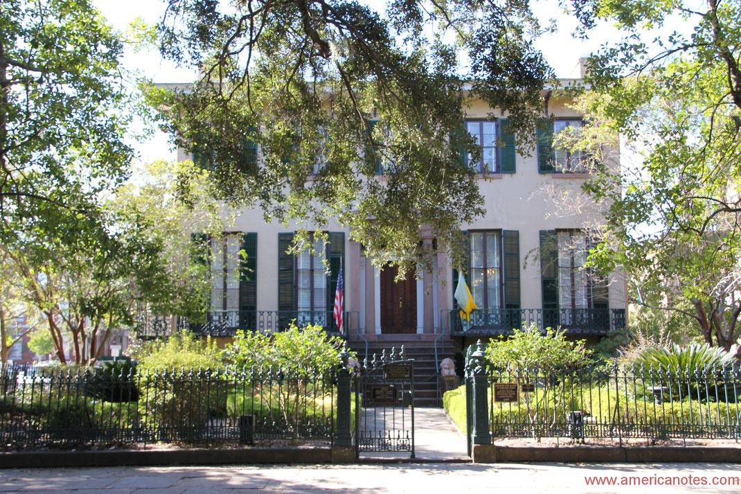 Die besten Sehenswürdigkeiten und Reisetipps für Georgia. Andrew Low House in Savannah.