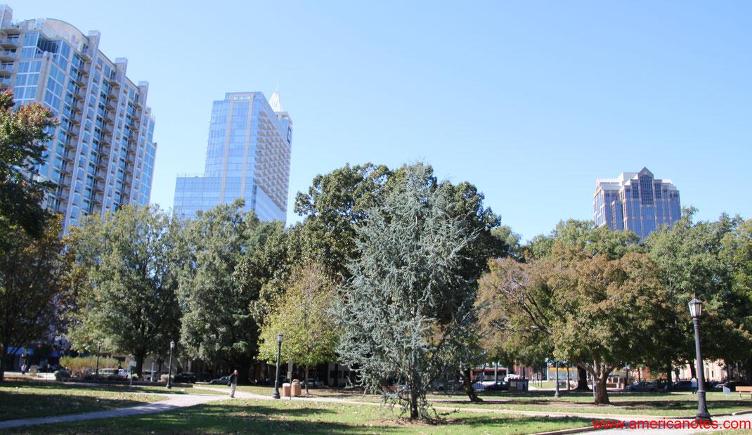 Die besten Sehenswürdigkeiten und Reisetipps für Raleigh. Moore Square in Raleigh.