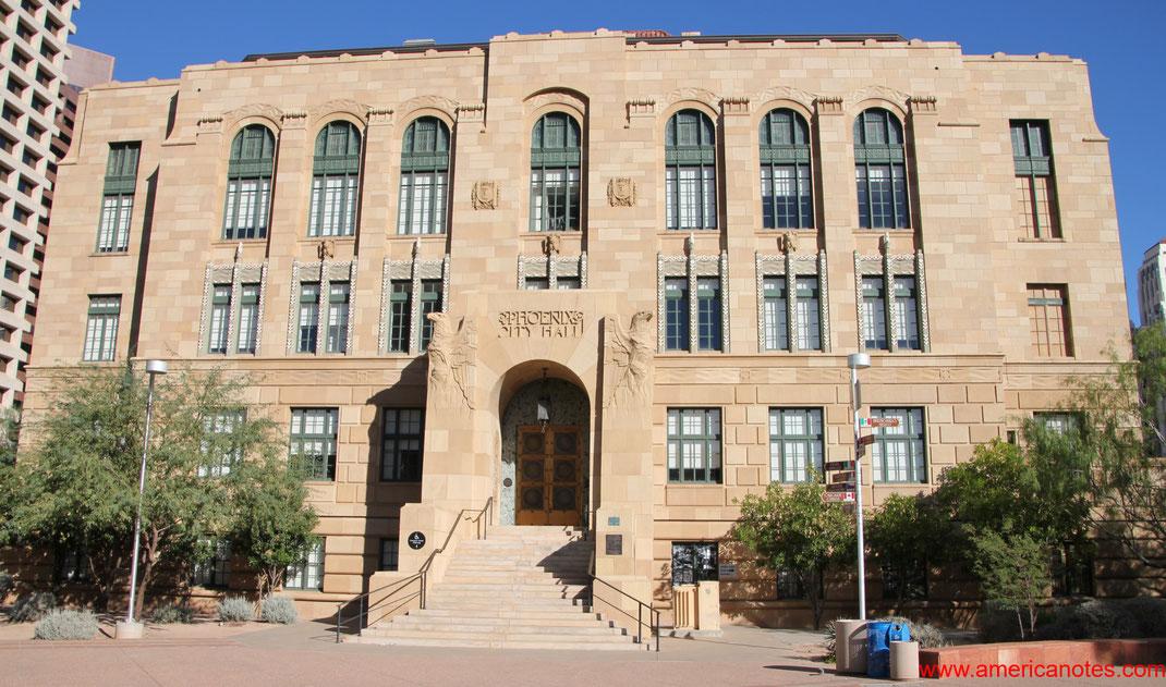 Die besten Sehenswürdigkeiten und Nationalparks in Arizona. Phoenix City Hall.