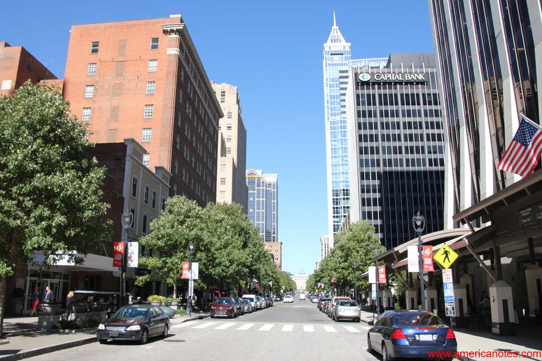 Die besten Sehenswürdigkeiten und Reisetipps für Raleigh. Fayetteville Street.
