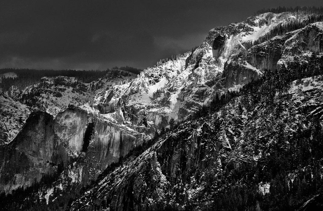 Winter in Yosemite National Park. Joe Recam