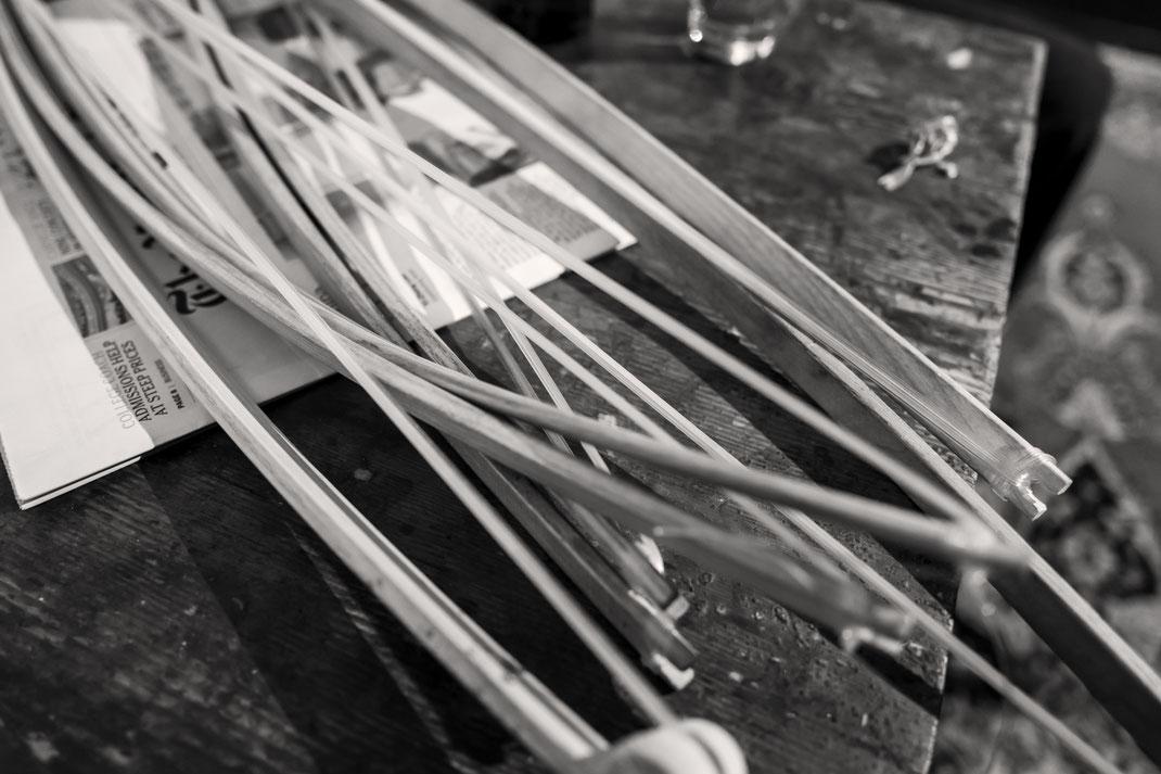 Spannend … Bob Rutman entwickelte zahlreiche Instrumente selbst. Zum Beispiel das Steel Cello oder die Bow Chime. Foto: © Ydo Sol