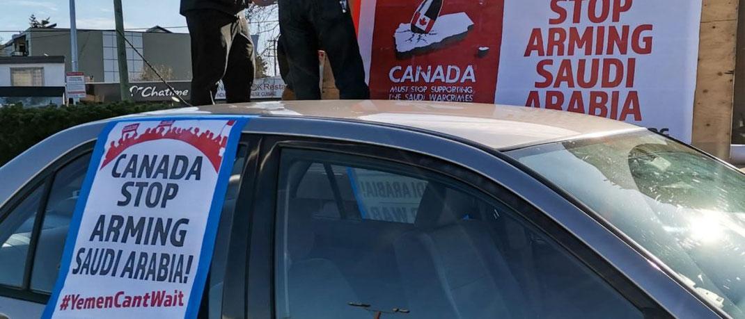 Die Menschen in Vancouver protestieren gegen den Krieg und bombardieren den Jemen
