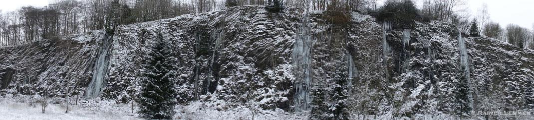 Basaltbruchwand im NSG Bacher Lay