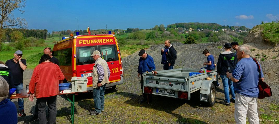 Erster Verpflegungsstopp nach 3,5 km in den Vororten von Bellingen.