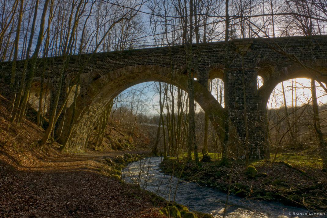 Historische Eisenbahnbrücke bei Langenbach