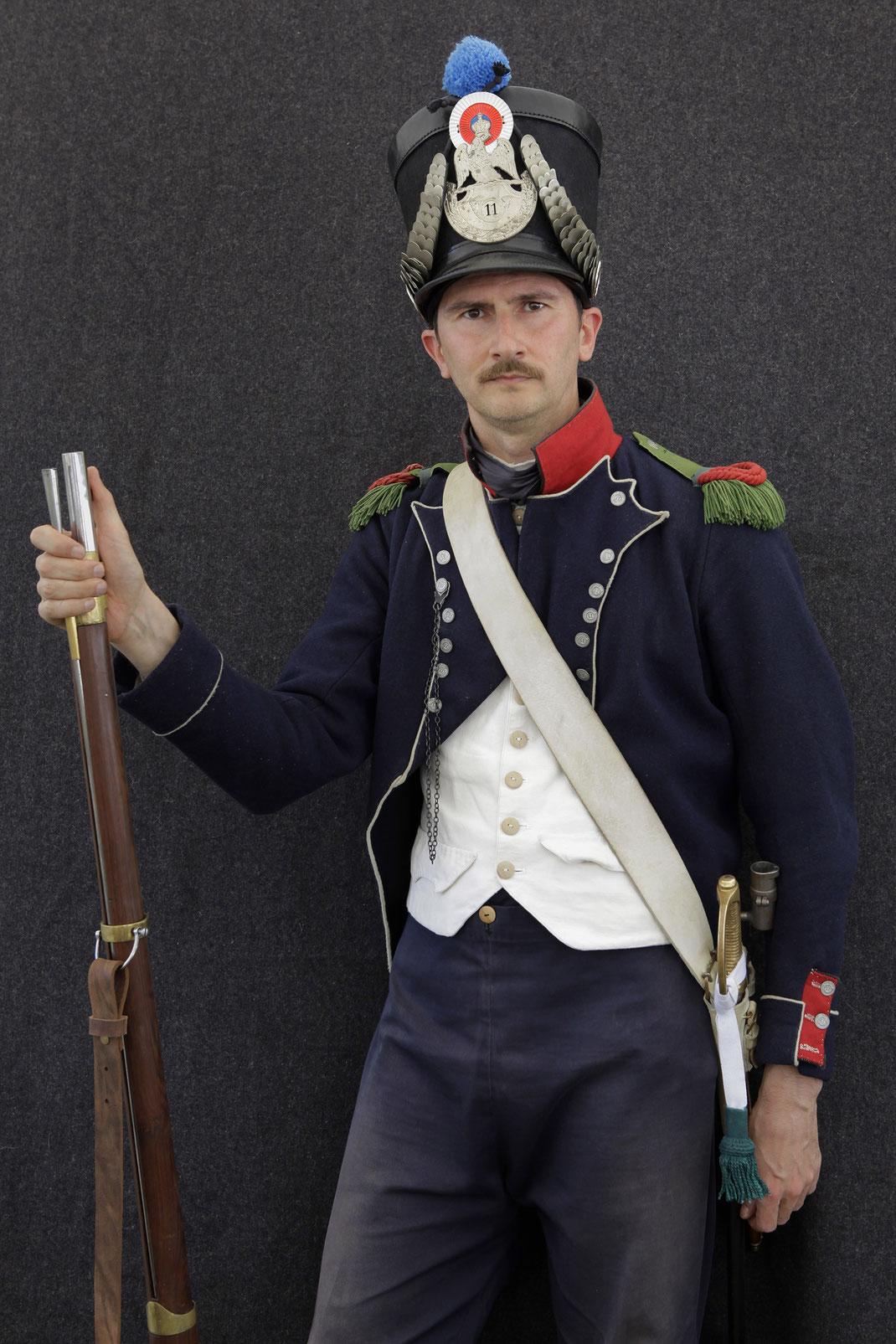 11ème Régiment d'Infanterie Légère empire 92e ri 92e regiment insigne offiziere 8ème sarre libre 1er régiment napoléon 1815 insigne régimentaire