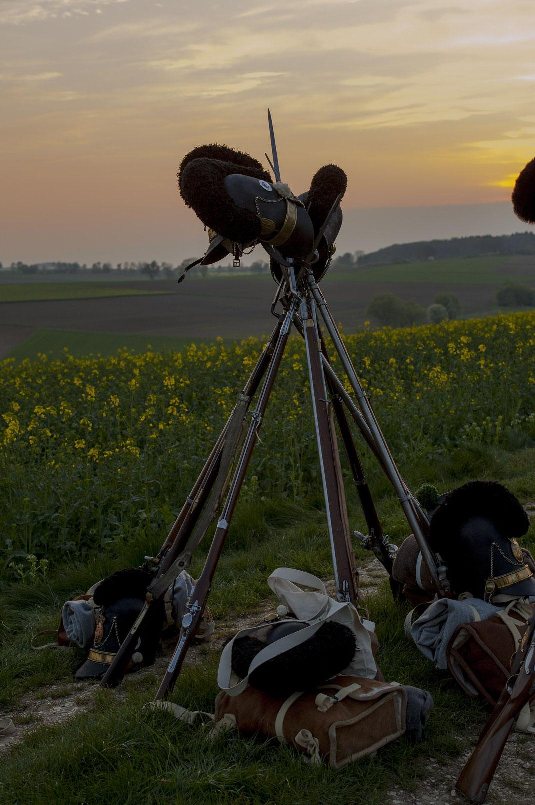 Eggmühl 1809 Biwack Lagerfeuer Gewehrpyramide Uniform Soldaten Montur Schlacht Napoleon und Bayern Napoleon_und_Bayern Tornister Vorderlader 4. LIR