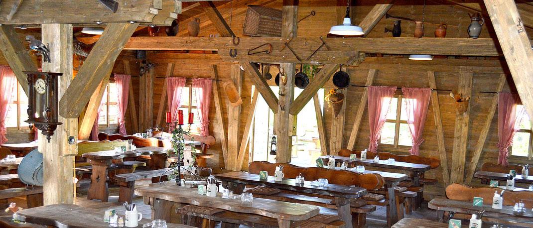 Gemütliche Gaststuben im Kaiser Camping in Bad Feilnbach